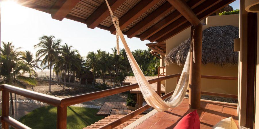 Playa Zihuatanejo Condo For Sale